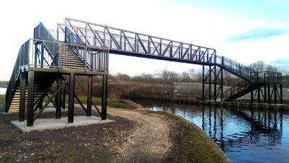 Eastwood footbridge small