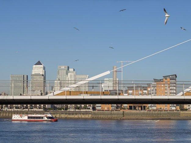 Greenwich Reach Pedestrian Swing bridge