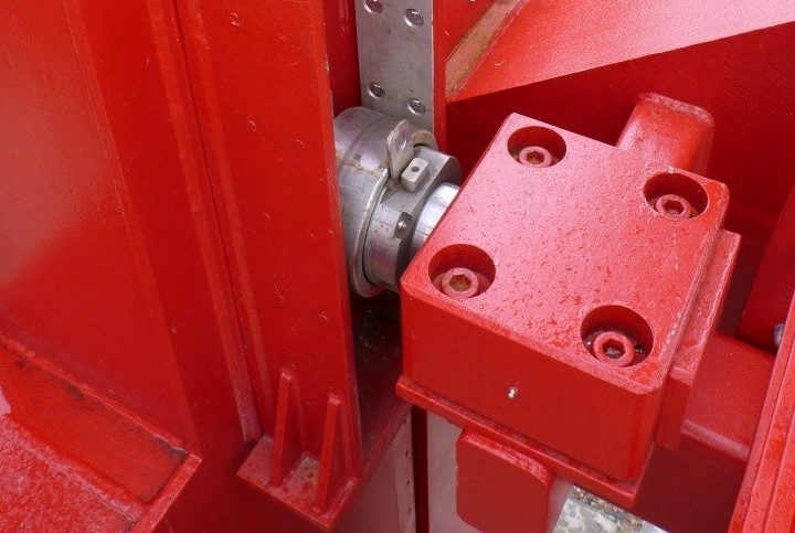 Leamouth Lift bridge guide roller