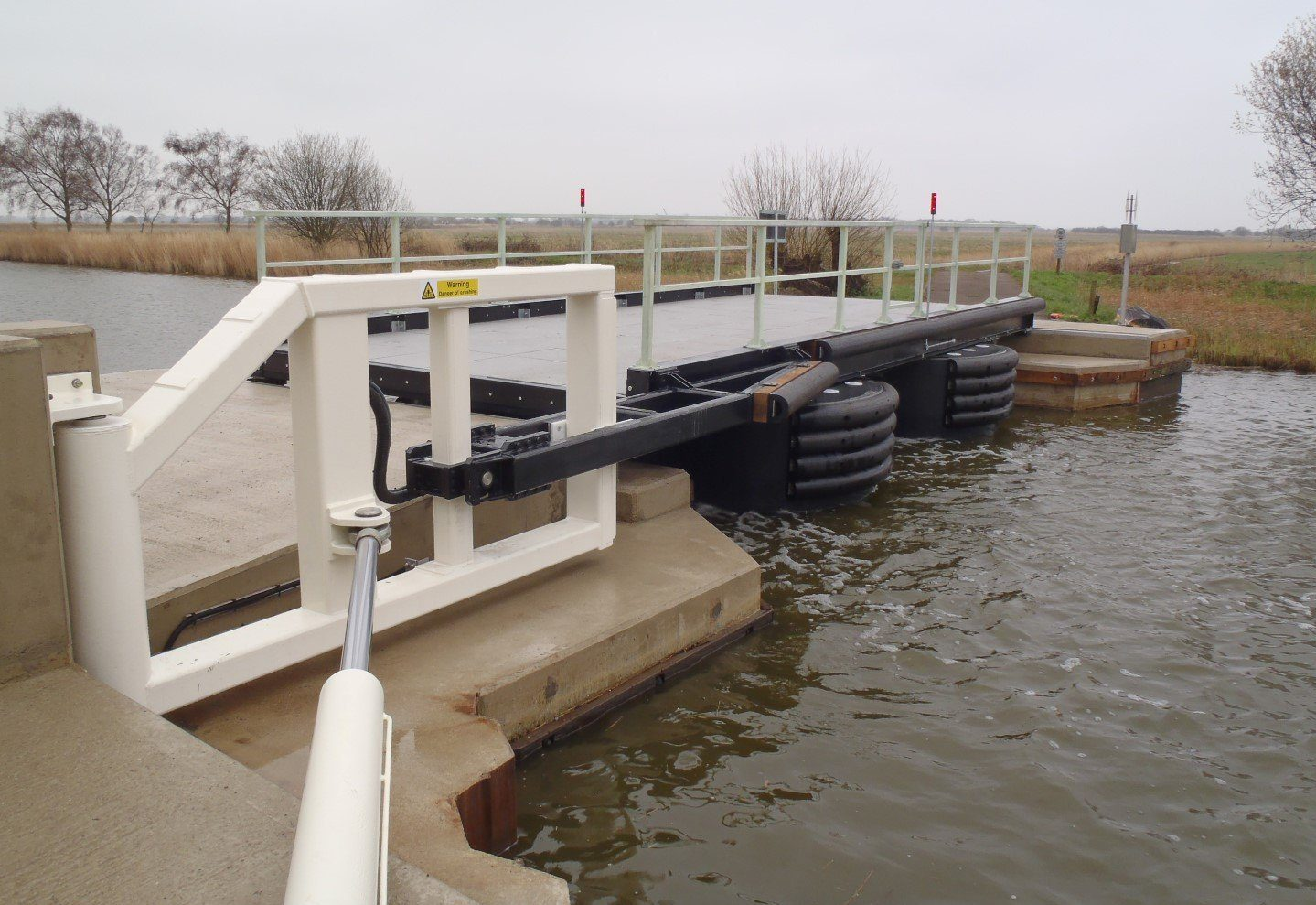 Heigham Holmes floating pontoon bridge