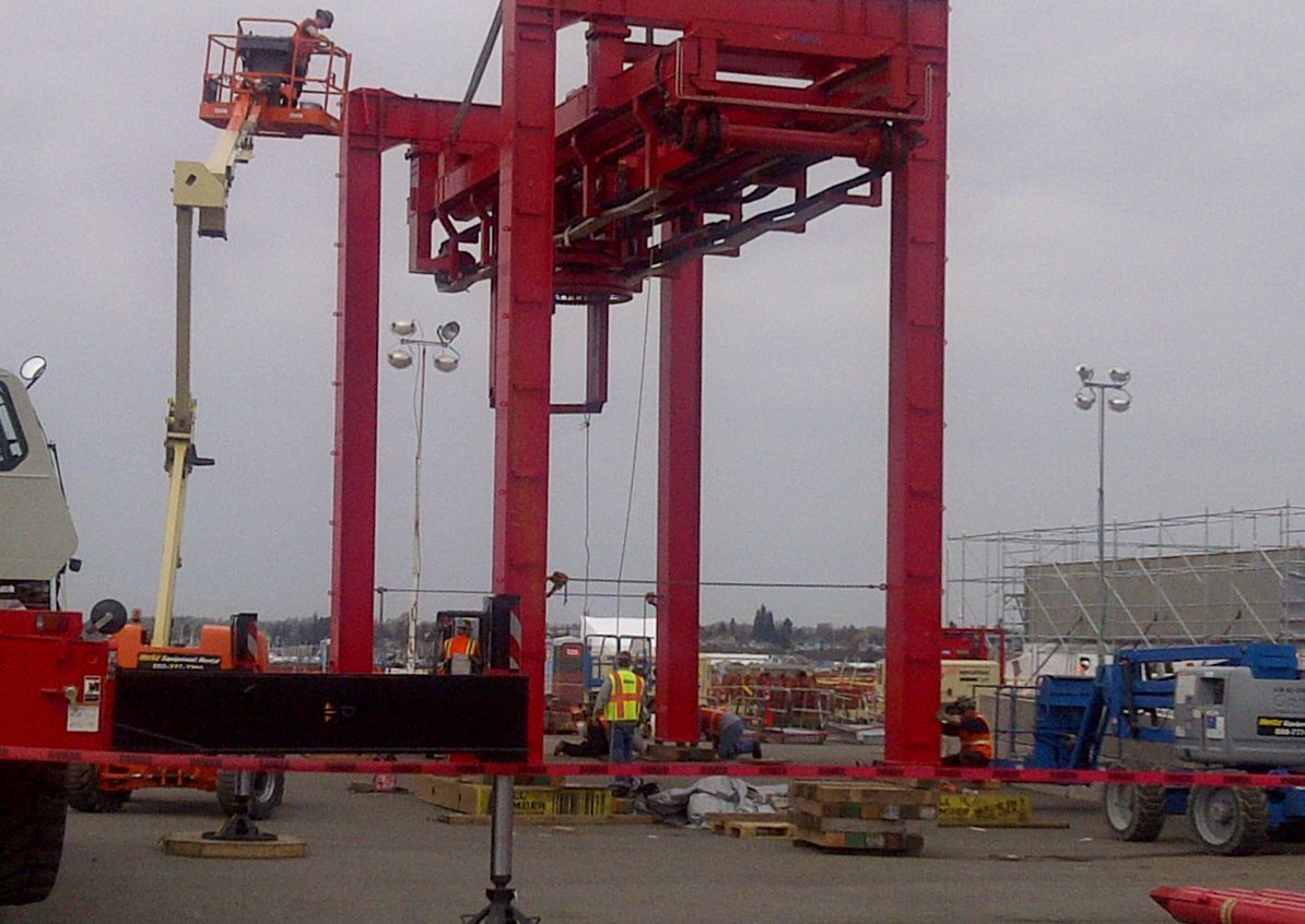 Offshore gantry crane