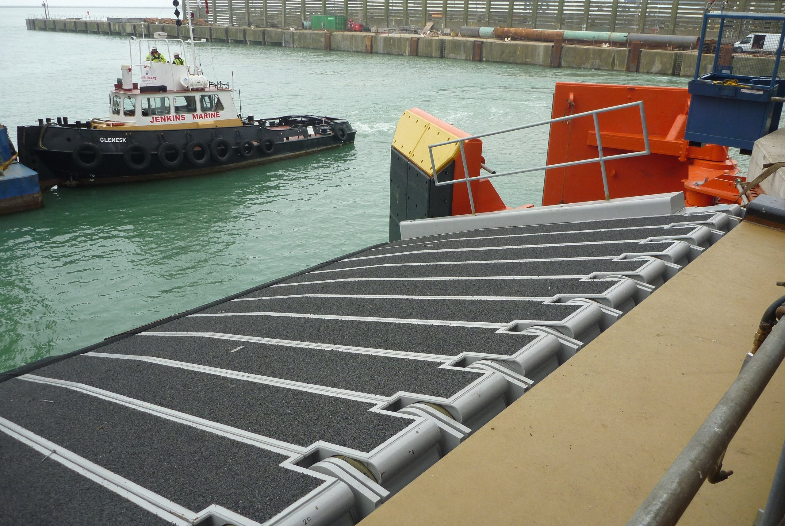 Port of Dover new finger installation